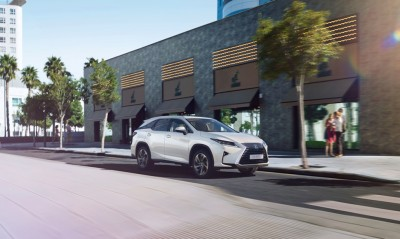 Lexus RX Gets Three Rows